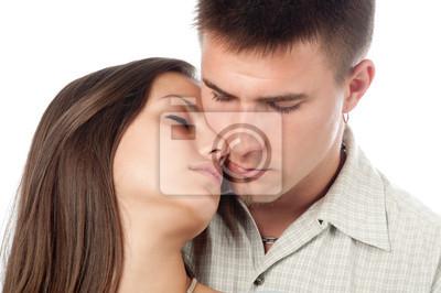 Junges Paar in der Liebe isoliert auf weiß