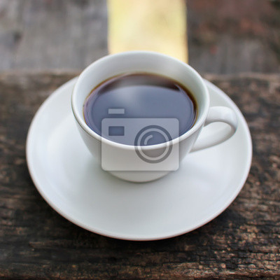 Bild Kaffeetasse auf einem Holztisch