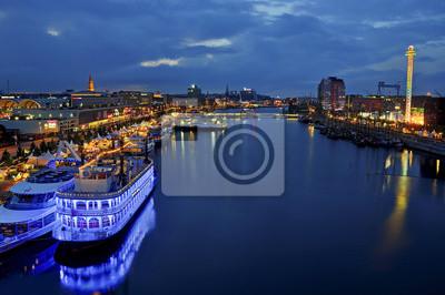 Kiel bei Nacht Kieler Woche
