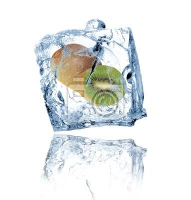 Kiwi in Eiswürfel