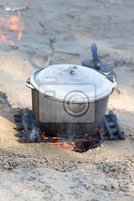 Bild Kochen auf dem Charakter der Beteiligung