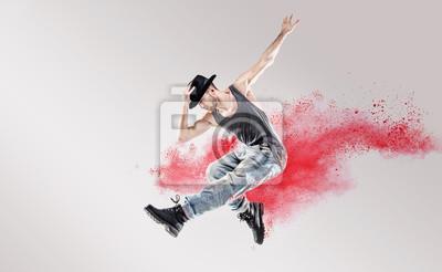 Konzeptionelle Bild von Hip-Hop-Tänzer unter roten Staub