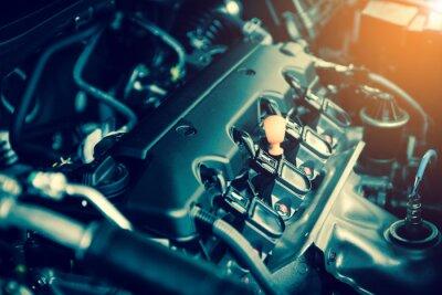 Bild Kraftvoller Motor eines Autos. Interne Konstruktion des Motors mit Verbrennung und Ventil im Dunkelton