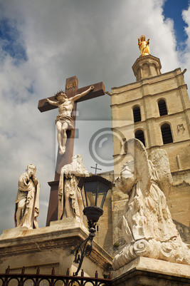 Kruzifix im Palast der Päpste.
