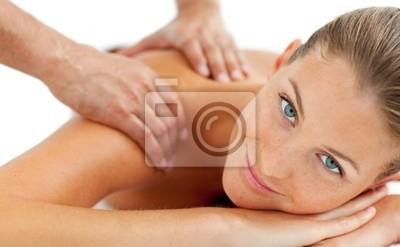 Lächelnde Frau genießen eine Massage