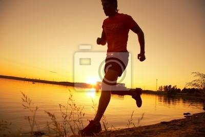 läuft auf Sonnenuntergang