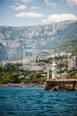 Leuchtturm an der Strandpromenade von Jalta, Krim