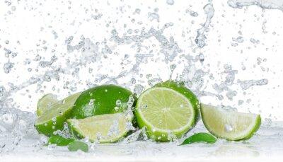 Bild Limes mit Wasserspritzen