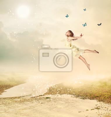 Little Girl Fliegen in der Dämmerung