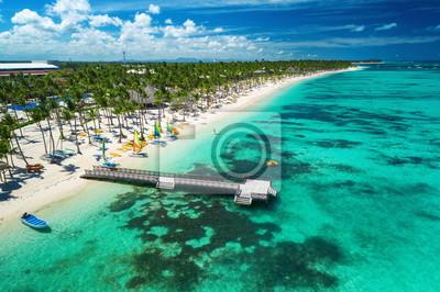 Luftbild-Drohne Blick auf Karibik-Resort Bavaro, Punta Cana, Dominikanische Republik.