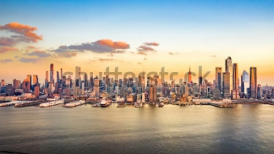 Bild Luftpanorama von Wolkenkratzern Midtown Manhattan an einem sonnigen Nachmittag