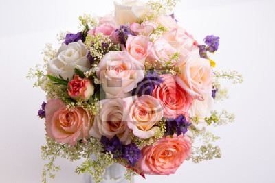 Bild Luxury bouquet made of roses in flower shop Valentines Bouquet of pastell roses