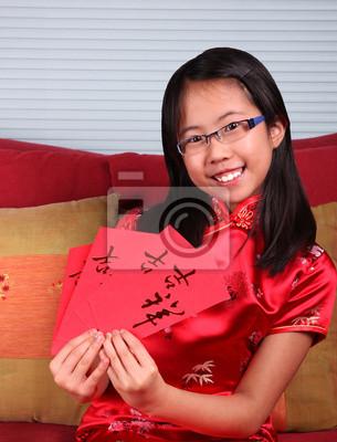 Mädchen feiert chinesisches Neujahr