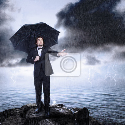 Mann unter Regenschirm Überprüfung für Regen Kommen oder Löschen