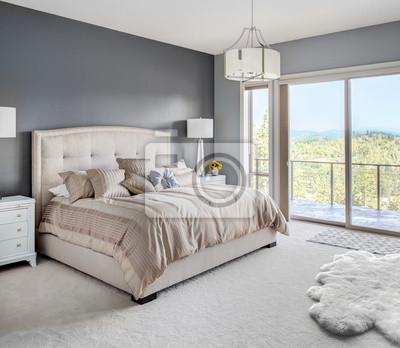 Bild Master Bedroon in New Luxury Home