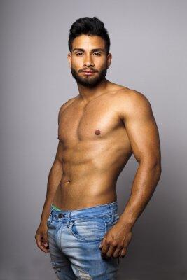 Bild Modelo masculino musculoso con Torso desnudo