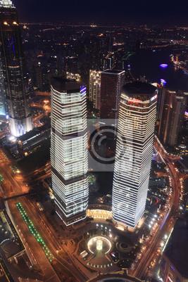 Bild moderne Gebäude in der Nacht in Shanghai