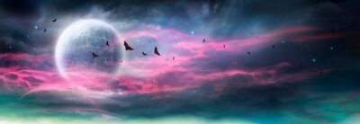 Bild Moon In Spooky Night - Halloween Background With Clouds And Bats