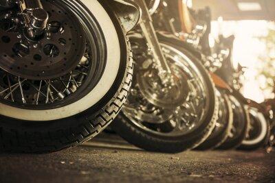 Bild Motorräder in einer Reihe