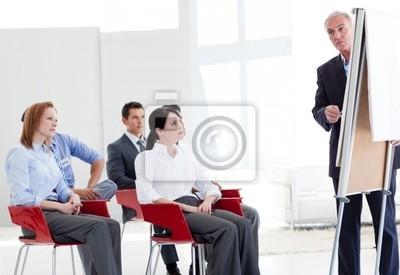 Multi- Ethnic Business-Leute in einem Seminar