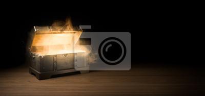 Bild mysterious treasure chest with smoke