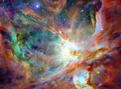 Bild Nachthimmel mit Wolken Sternennebel Hintergrund. Bunte fraktale Farbe, Lichter auf das Thema der Kunst, abstrakt, Kreativität. Planet und Galaxie in einem freien Raum. Elemente dieses Bildes von der N