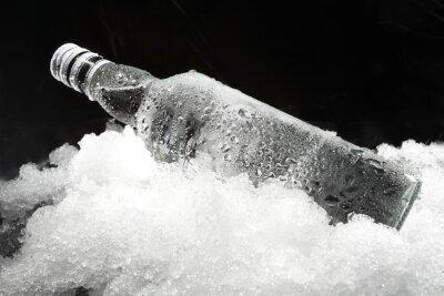 Bild Nahaufnahme der Flasche im Eis