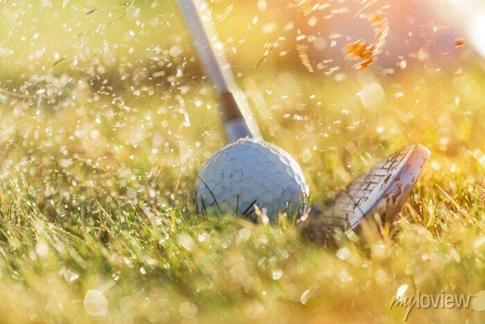 Bild Nahaufnahme des Golfballs.