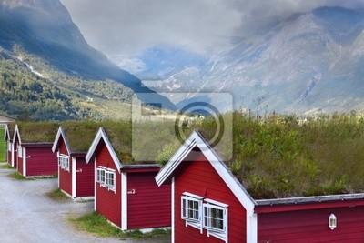 Norwegische Häuser in den Bergen