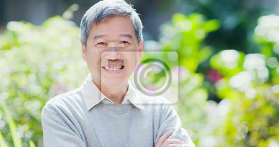 Bild old man smile to you