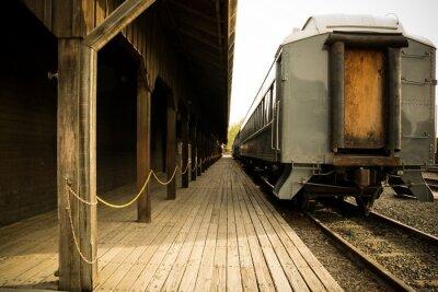 Bild Old train on station