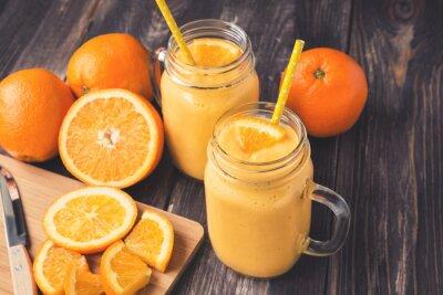 Bild Orange Frucht-Smoothie in den Gläsern