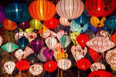 Bild Papierlaternen auf den Straßen der alten asiatischen Stadt