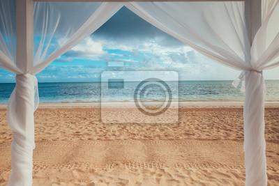Paradies seelandschaft. Tropische Strandansicht über das karibische Meer und die Dominikanische Republik