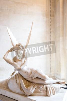 Bild Paris - 23. Juni: Amor-Statue am 23. Juni 2014 in Paris. Antonio Canova Statue Psyche durch Amors Kuss wiederbelebt, zuerst im Jahre 1787 in Auftrag gegeben, ein Beispiel für die neoklassizistische Hi
