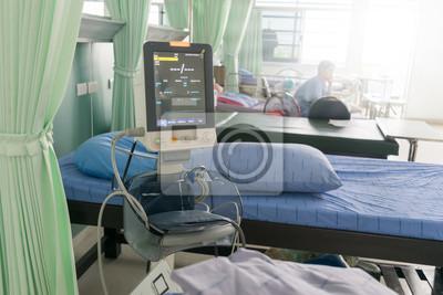 Patienten Krise Im Bett Liegen Ekg Maschine Blutdruck Herz Notfall