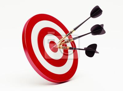 Pfeile auf rotem Ziel