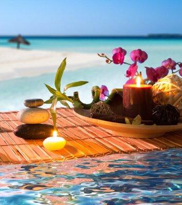 Popurri, Schüssel, Kerzen, Zimt, auf tropischen Wasser