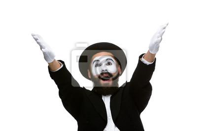 Portrait des überraschten und fröhlichen Mime mit offenem Mund