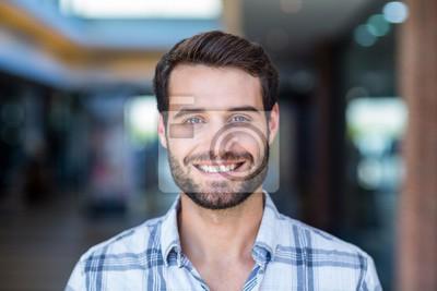 Bild Portrait of happy smiling man