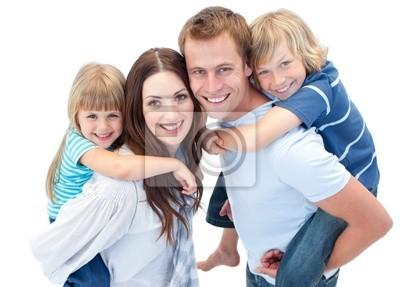 Porträt der Familie genießen huckepack