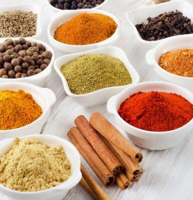 Bild Powder spices in bowls