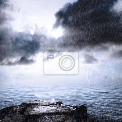 Regen und Gewitter im Ozean