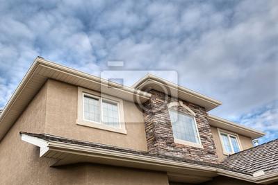 Roofline zeigt Gosse, Untersicht, Fenster, Dach und Steine