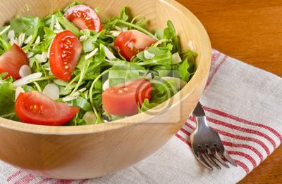 Bild Rucola Salat mit Tomaten und Mandeln Rasiert