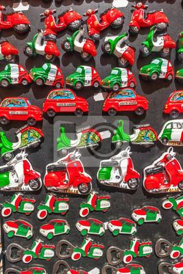 Sammlung von Souvenir Magnete aus Italien