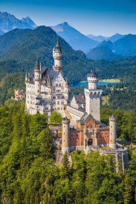 Schloss Neuschwanstein Mit Schloss Hohenschwangau Im Hintergrund Leinwandbilder Bilder Tour Tourismus Die Landschaft Neuschwanstein Myloview De