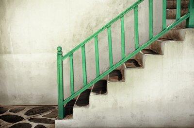 Bild Schmutzige Treppen mit Handläufen