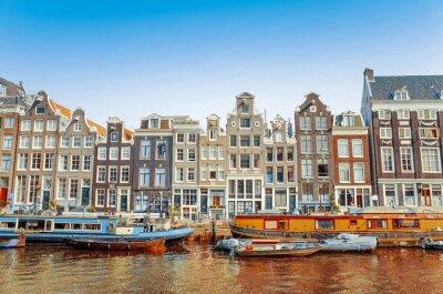 Bild Schöne Aussicht auf Amsterdam-Kanäle mit Brücke und typisch holländischen