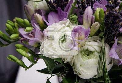 Schone Fruhjahr Bouquet Von Hochzeit Blumen Weiss Violett Grun